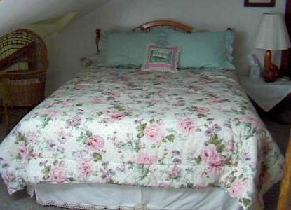 Peppermint Cottage Bed & Breakfast-Cottage Bed