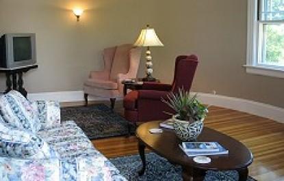 Saltair Inn Waterfront Bed and Breakfast- Acadia Suite Sitting Area