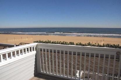 An Inn on the Ocean Bed & Breakfast, patio deck