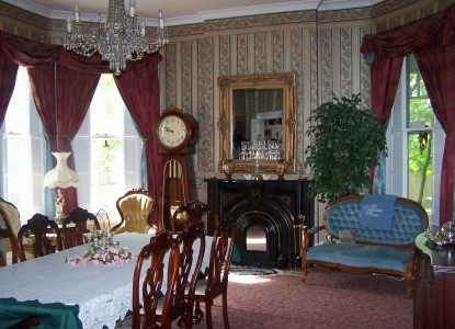 Victorian House Bed & Breakfast Dining Room