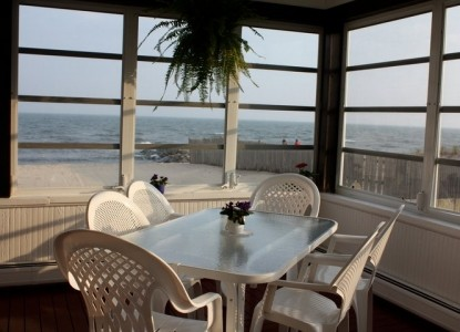 'By the Sea' Guests Bed & Breakfast Suites, patio