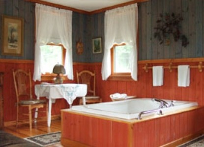Habberstad House Bed and Breakfast-Scandinavian Tub