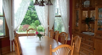 Habberstad House Bed and Breakfast-Dining table