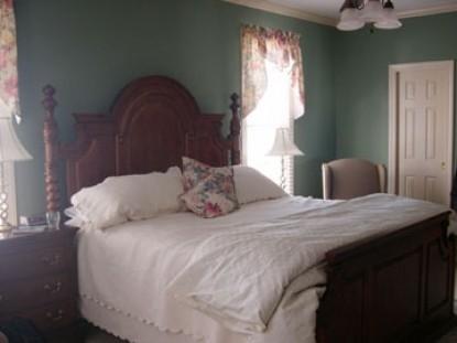 The Garden House Bed & Breakfast-Bedroom