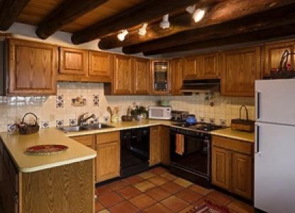 Alexander's Inn Bed & Breakfast-The Pinon Kitchen