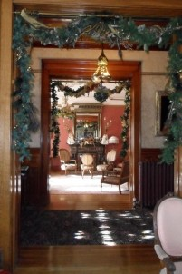 Nagle Warren Mansion Bed & Breakfast-Christmas decorations