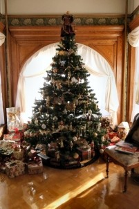 Nagle Warren Mansion Bed & Breakfast-Christmas Tree
