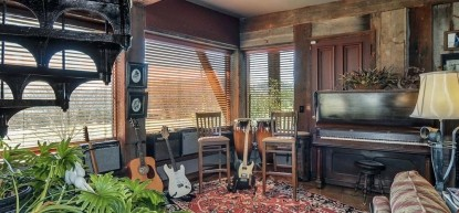 Thistletop Inn Music Room
