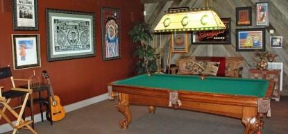 Thistletop Inn Pool Table