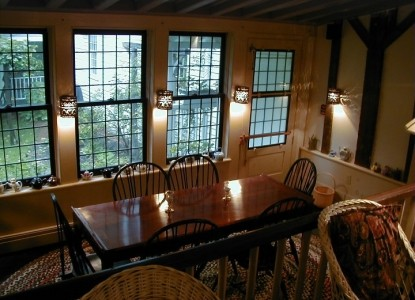 The Tolland Inn, dining area