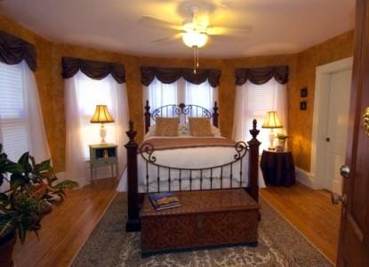The Inn at Onancock-Fireplace