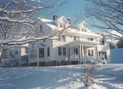 The Trumbull House Bed & Breakfast business travelers