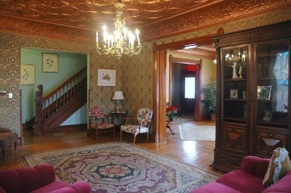 Nauvoo Grand - A Bed & Breakfast Inn-Common Area