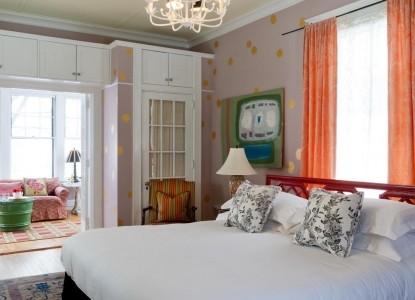 Pomegranate Inn, Portland, Maine, bedroom