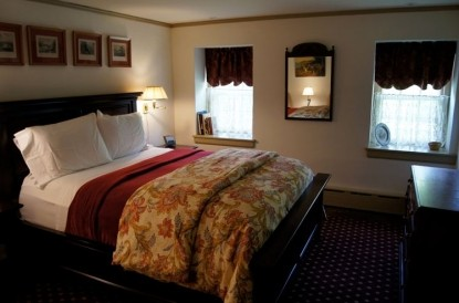 Sweetwater Farm-The William Penn Bedroom