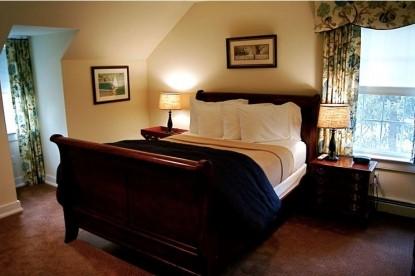 Sweetwater Farm-Innkeeper's Bedroom