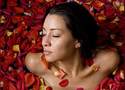 Wow your sweetheart with a two-night stay, champagne, and a full body massage with a luxurious rose petal bath.