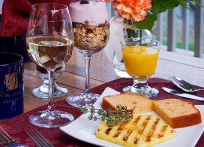 Youngberg Hill Vineyards & Inn-Breakfast