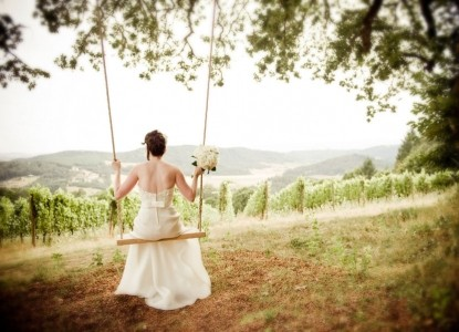 Youngberg Hill Vineyards & Inn-Bride on Swing