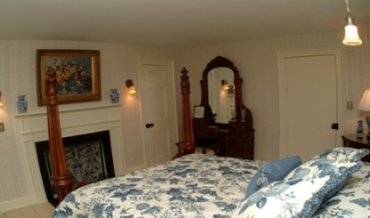 Renwick Clifton House, Ansonia bedroom