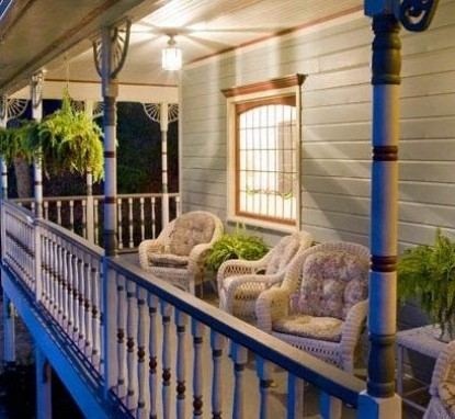 Arsenic & Old Lace Bed & Breakfast Inn Porch