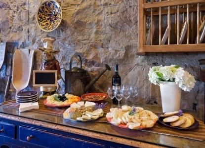 Maison Fleurie, A Four Sisters Inn, kitchen