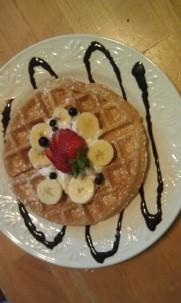 Aida's Victoriana Inn Breakfast