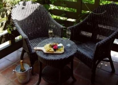 Blackbird Inn, A Four Sisters Inn, patio