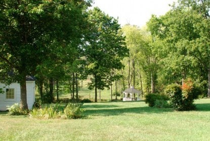 Maysville Manor - Scenery