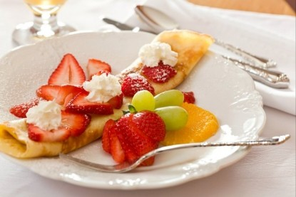Greenlake Guest House-Crepe and Fruit