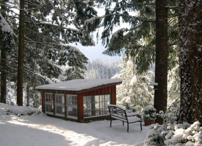 The Roaring River Bed & Breakfast-Snow Covered View