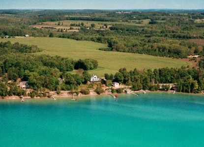 Torch Lake Bed & Breakfast-Water View