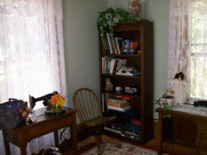 Cheney House Bed & Breakfast bookcase