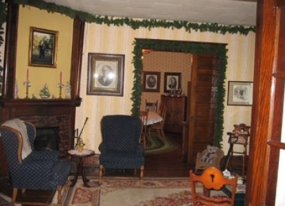 Lord Stocking's Bed and Breakfast common room