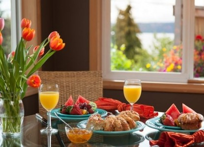 Three Tree Point Bed & Breakfast-Breakfast