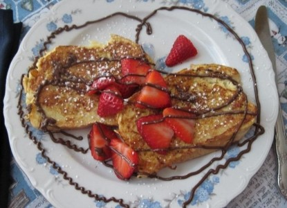 The Mt. Washington Bed & Breakfast strawberry pancakes
