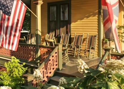 The Queen Victoria Bed & Breakfast Inn front porch