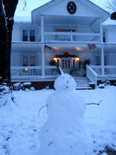 Buffalo Tavern Bed and Breakfast Snowman