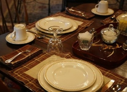 Susanna's Guest House, table setting
