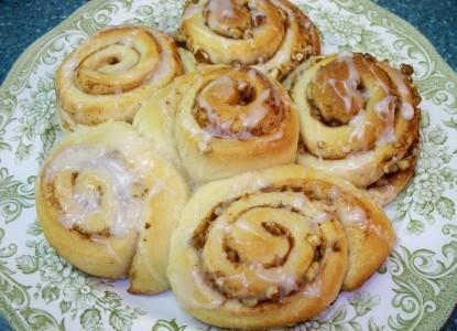Oak Haven Bed & Breakfast rolls