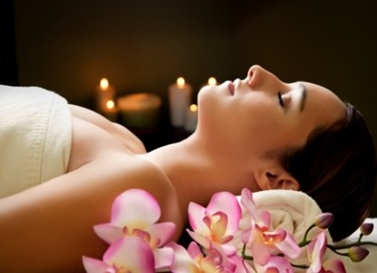 Hide-a-way Hour in our Starlit Spa.  Relax with your loved one in our romantic starlit spa.