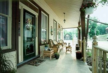 The Roth House- A Country Bed  & Breakfast, front porch