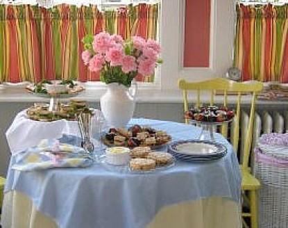 The Dinsmore House Inn table