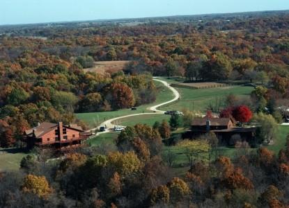 Harpole's Heartland Lodge outdoors