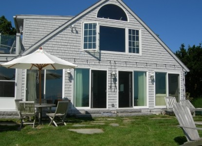 A Beach House Oceanfront Bed & Breakfast