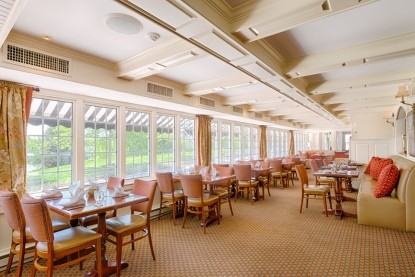 York Harbor Inn dining room