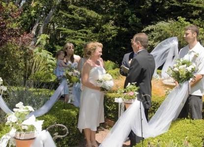 Old Monterey Inn weddings