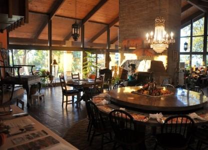 The Secret Bed & Breakfast dining area