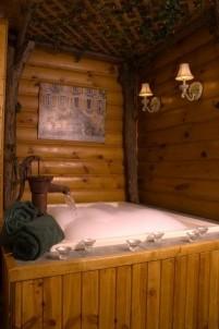 Lazy Cloud Lodge, Mossy Glen Suite