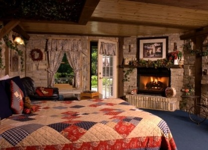 Imagine A Romantic Weekend Getaway While Lodging In Lake Geneva Wisconsin!  A Double Whirlpool Suite, Cozy Fireplace And Complimentary Champagne With  ...